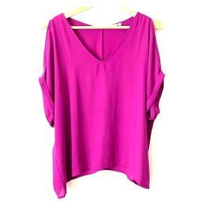 Lush open shoulder blouse-L